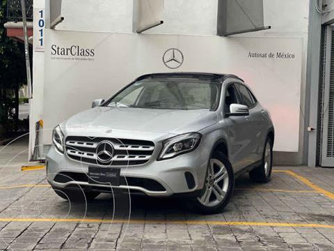Mercedes Clase GLA 200 CGI usado (2020) color Plata precio $575,000
