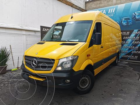 Mercedes Sprinter Cargo Van 415 usado (2016) color Amarillo precio $424,000