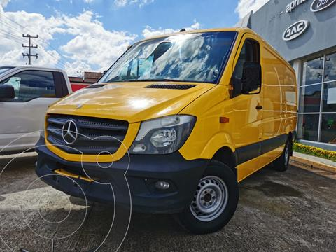Mercedes Sprinter Cargo Van 315 usado (2016) color Amarillo precio $370,000