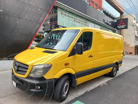 Mercedes Sprinter Cargo Van 315 usado (2016) color Amarillo precio $418,000