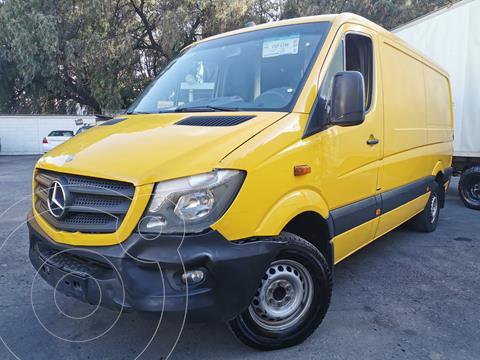 Mercedes Sprinter Cargo Van 316 usado (2016) color Amarillo precio $380,000