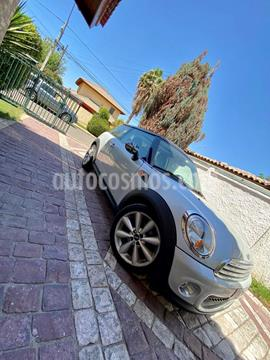 MINI Cooper 1.6 Aut usado (2013) color Gris Metalico precio $9.200.000