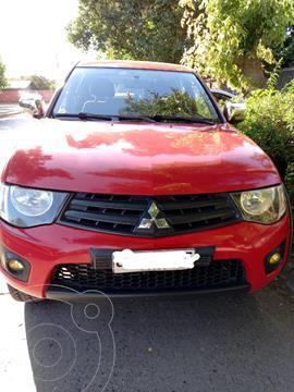 Mitsubishi L-200 2.5 Katana CRT Diesel 4X4 usado (2015) color Rojo precio $12.500.000