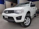 Foto venta Auto usado Mitsubishi L200 4x2 2.4L Cabina Doble (2015) color Blanco precio $245,000