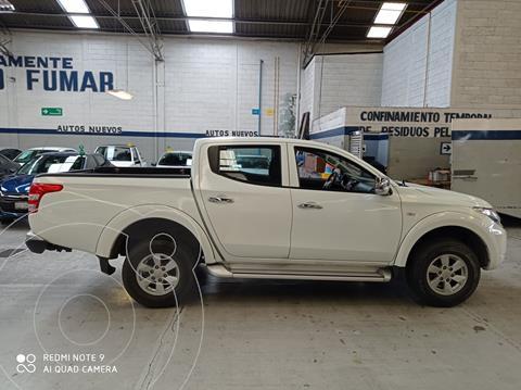 Mitsubishi L200 4x2 2.4L Cabina Doble usado (2018) color Blanco precio $305,500