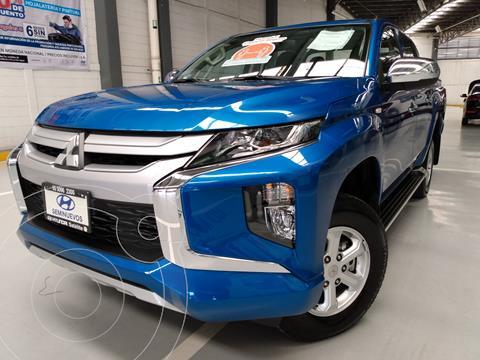 Mitsubishi L200 4x4 2.5L DI-D Cabina Doble usado (2021) color Azul precio $505,000