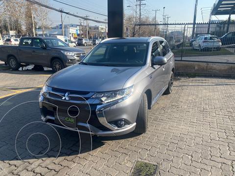Mitsubishi Outlander Hibrido Electrico  2.0L PHEV Hibrido 4x4 Aut  usado (2019) color Gris precio $25.990.000