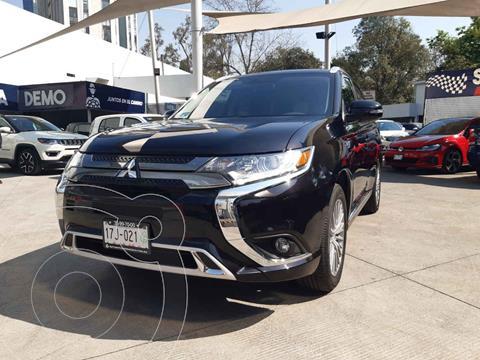 Mitsubishi Outlander SE usado (2020) color Negro precio $633,000