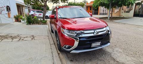 Mitsubishi Outlander 2.4L Limited usado (2016) color Rojo precio $265,000