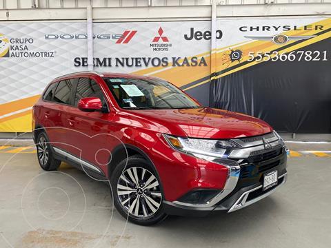 Mitsubishi Outlander 2.4L ES usado (2019) color Rojo precio $390,000