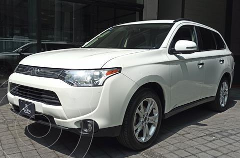 Mitsubishi Outlander 2.4L Limited usado (2014) color Blanco precio $236,000