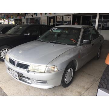 Mitsubishi Signo GLi 1.3L usado (2007) color Plata precio u$s2.200