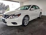 Foto venta Auto usado Nissan Altima 4p Exclusive V6/3.5 Aut color Blanco precio $380,000