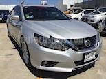 Foto venta Auto usado Nissan Altima ALTIMA 4 GASOLINA 4P SEDAN (2017) color Plata precio $315,000
