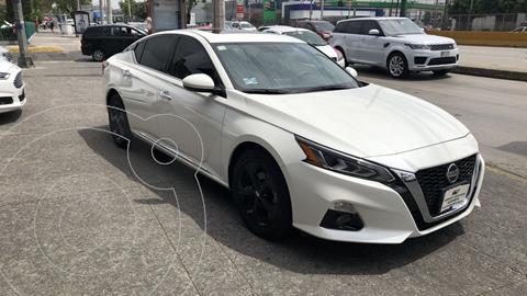 Nissan Altima 4 pts. Advance, 2.5l, CVT, climatronic, piel, QC usado (2019) color Blanco precio $404,300