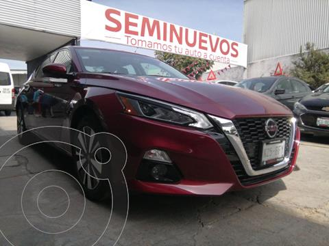 Nissan Altima Advance usado (2020) color Rojo precio $469,800