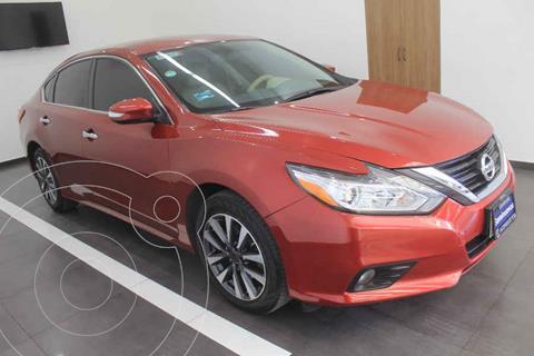 Nissan Altima Advance usado (2017) color Rojo precio $269,000