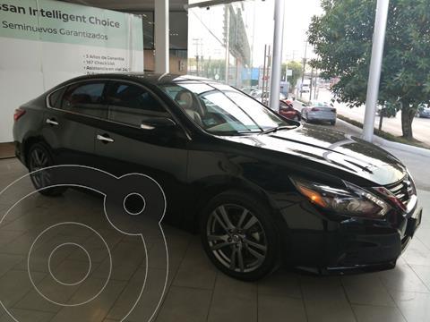 Nissan Altima Advance NAVI usado (2018) color Negro financiado en mensualidades(enganche $63,768 mensualidades desde $9,110)