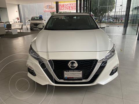 Nissan Altima Exclusive usado (2021) color Blanco precio $704,800