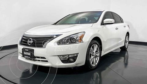 Nissan Altima Advance usado (2014) color Blanco precio $189,999