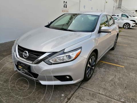 Nissan Altima Advance usado (2017) color Plata precio $240,000