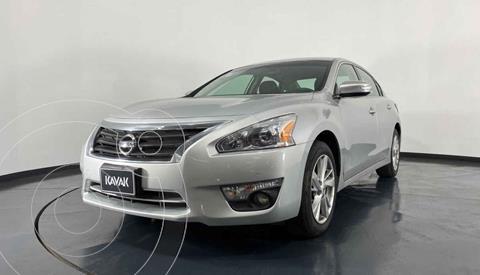 Nissan Altima Advance usado (2014) color Plata precio $192,999