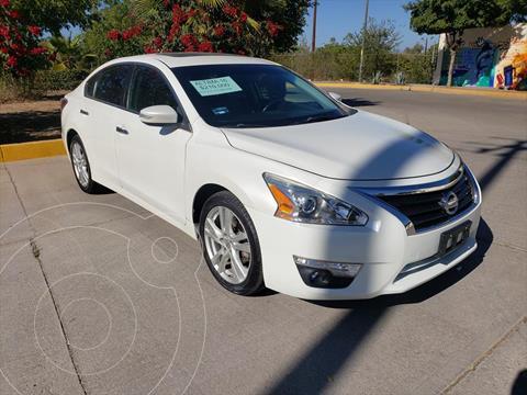 Nissan Altima EXCLUSIVE V6/3.5 AUT usado (2016) color Blanco precio $210,000