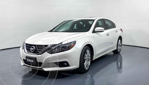 Nissan Altima Advance NAVI usado (2017) color Blanco precio $284,999