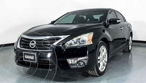 Nissan Altima Exclusive usado (2014) color Negro precio $179,999