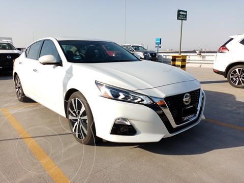 Nissan Altima Exclusive usado (2020) color Blanco precio $693,600
