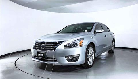Nissan Altima Exclusive usado (2016) color Plata precio $242,999