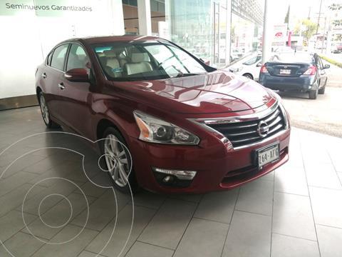 Nissan Altima 4 PTS EXCLUSIVE, V6, CVT, CLIMATRONIC, PIEL, QC,  usado (2016) color Rojo precio $250,000
