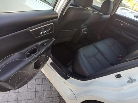 Nissan Altima Advance NAVI usado (2016) color Blanco precio $225,000
