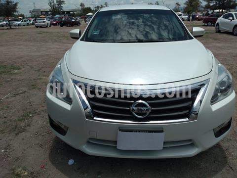 Nissan Altima Advance usado (2016) color Blanco precio $210,000