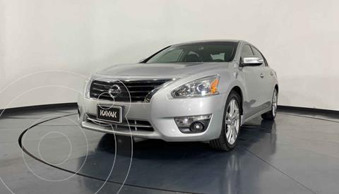 Nissan Altima Exclusive usado (2013) color Plata precio $189,999