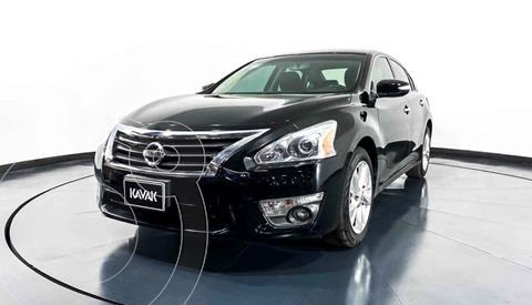 Nissan Altima Advance NAVI usado (2017) color Negro precio $217,999