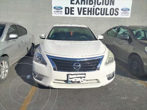 Nissan Altima 4P EXCLUSIVE V6 PIEL CVT usado (2013) color Blanco precio $198,000