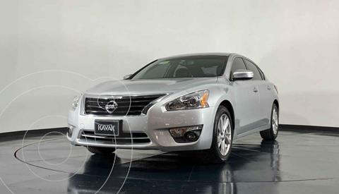 Nissan Altima Advance NAVI usado (2013) color Plata precio $169,999