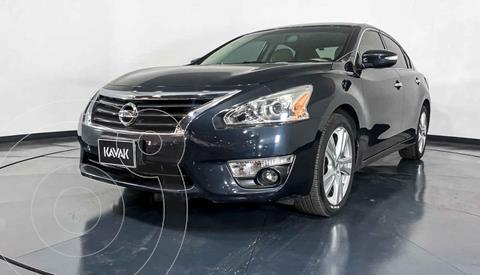 Nissan Altima Advance NAVI usado (2017) color Plata precio $244,999