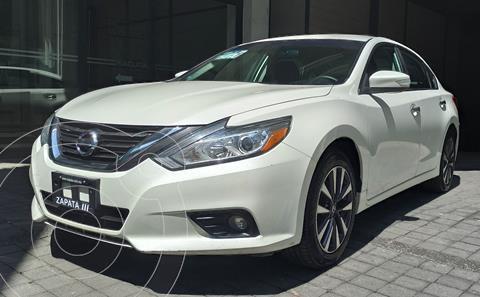 Nissan Altima Sense usado (2017) color Blanco precio $259,000
