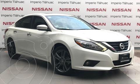 Nissan Altima Exclusive usado (2018) color Blanco precio $332,900