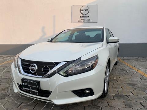 Nissan Altima Advance NAVI usado (2017) color Blanco precio $267,900