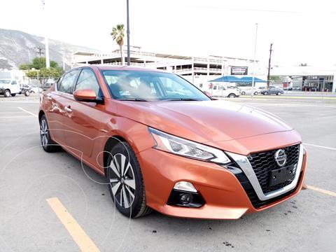 Nissan Altima Advance usado (2020) color Naranja precio $667,900