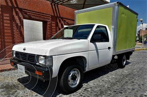 Nissan Camiones 2.4L Chasis Dh usado (2004) color Blanco precio $115,000