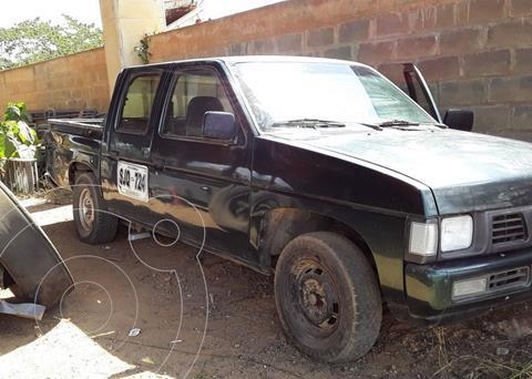 Nissan d21 pick up usado (2007) color Negro precio $7.900.000