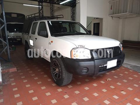 Nissan Frontier NP300 2.4L 4x2 Doble Cabina usado (2013) color Blanco precio $35.000.000