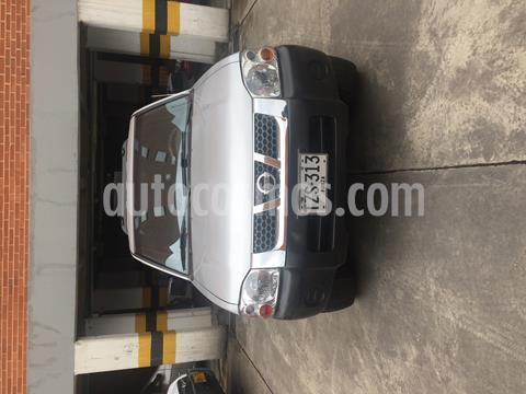 Nissan Frontier NP300 2.4L 4x2 Doble Cabina usado (2013) color Plata precio $33.500.000