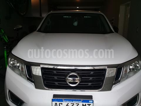 Nissan Frontier SE 4x2 2.3 TDi usado (2018) color Blanco precio $2.400.000