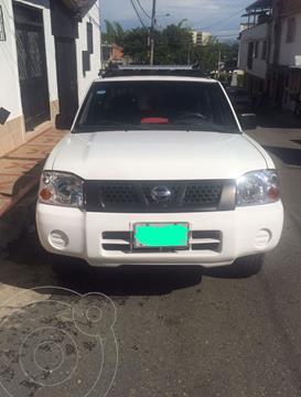 Nissan Frontier 2.4L Doble Cabina 4x2 usado (2011) color Blanco precio $38.000.000