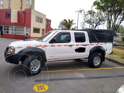 Nissan Frontier 2.4L Doble Cabina 4x2 usado (2012) color Blanco precio $40.000.000